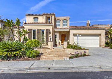 4474 Philbrook Sq, San Diego, CA 92130 Exterior Front
